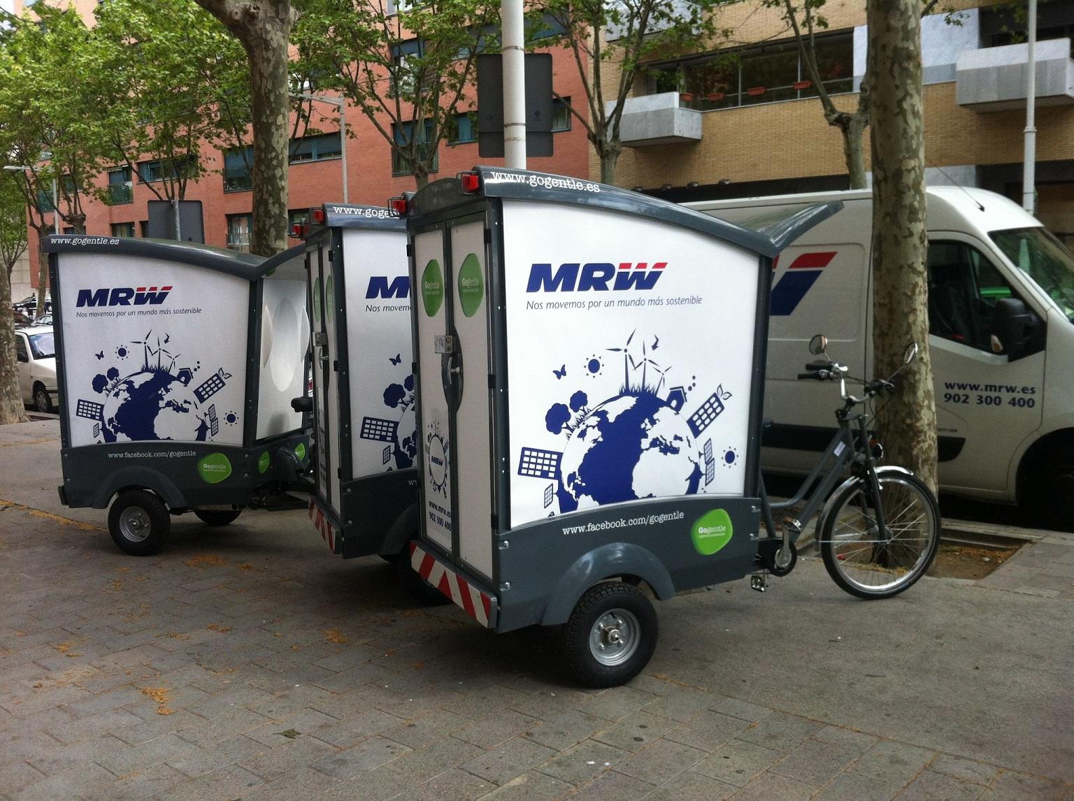 Blog mrw los veh culos m s originales de nuestras franquicias vii blog mrw - Oficina mrw barcelona ...